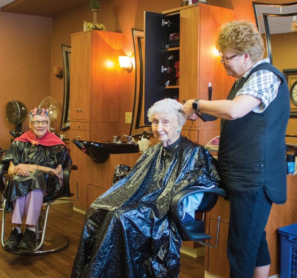 salon service milwaukee community